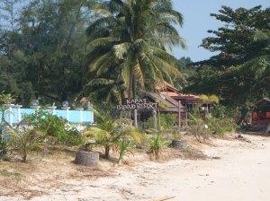satu-satunya resort di pula kapah hok ade swimming pool